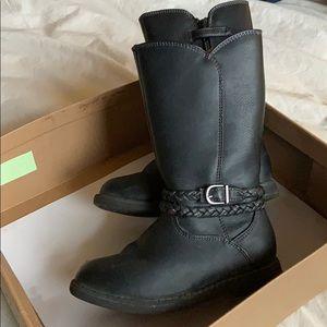 Hanna Anderson black boots